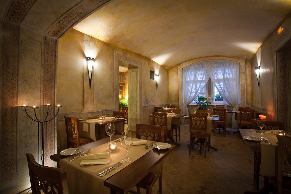 Portfolio punto casa design pistoia arredamento for Arredamento ristorante design